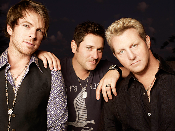 Rewind Tour 2014: Rascal Flatts with Sheryl Crow & Gloriana at DTE Energy Music Theatre