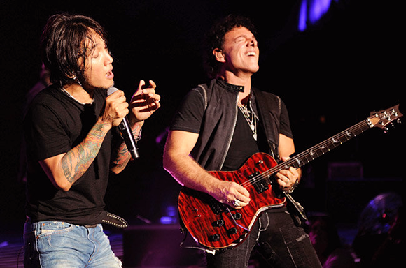 Journey & The Doobie Brothers at DTE Energy Music Theatre