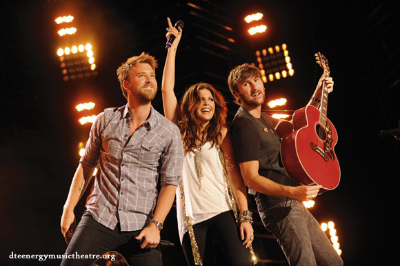 Lady Antebellum, Kelsea Ballerini & Brett Young at DTE Energy Music Theatre