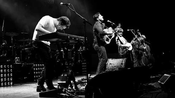Mumford and Sons at DTE Energy Music Theatre