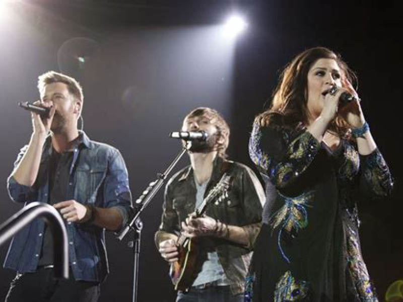 99.5 WYCD Hoedown: Lady A, Carly Pearce, Niko Moon & Tenille Arts at DTE Energy Music Theatre